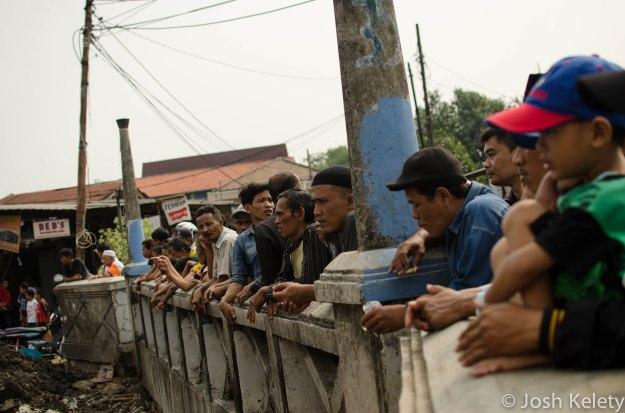 Mampang residents observe river dredging